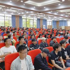 我在武汉民生等你,医校联合医学生毕业季大型职业规划宣讲会